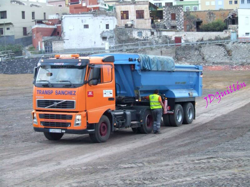 Transport von Zuschlagstoffen - Transportes Sánchez