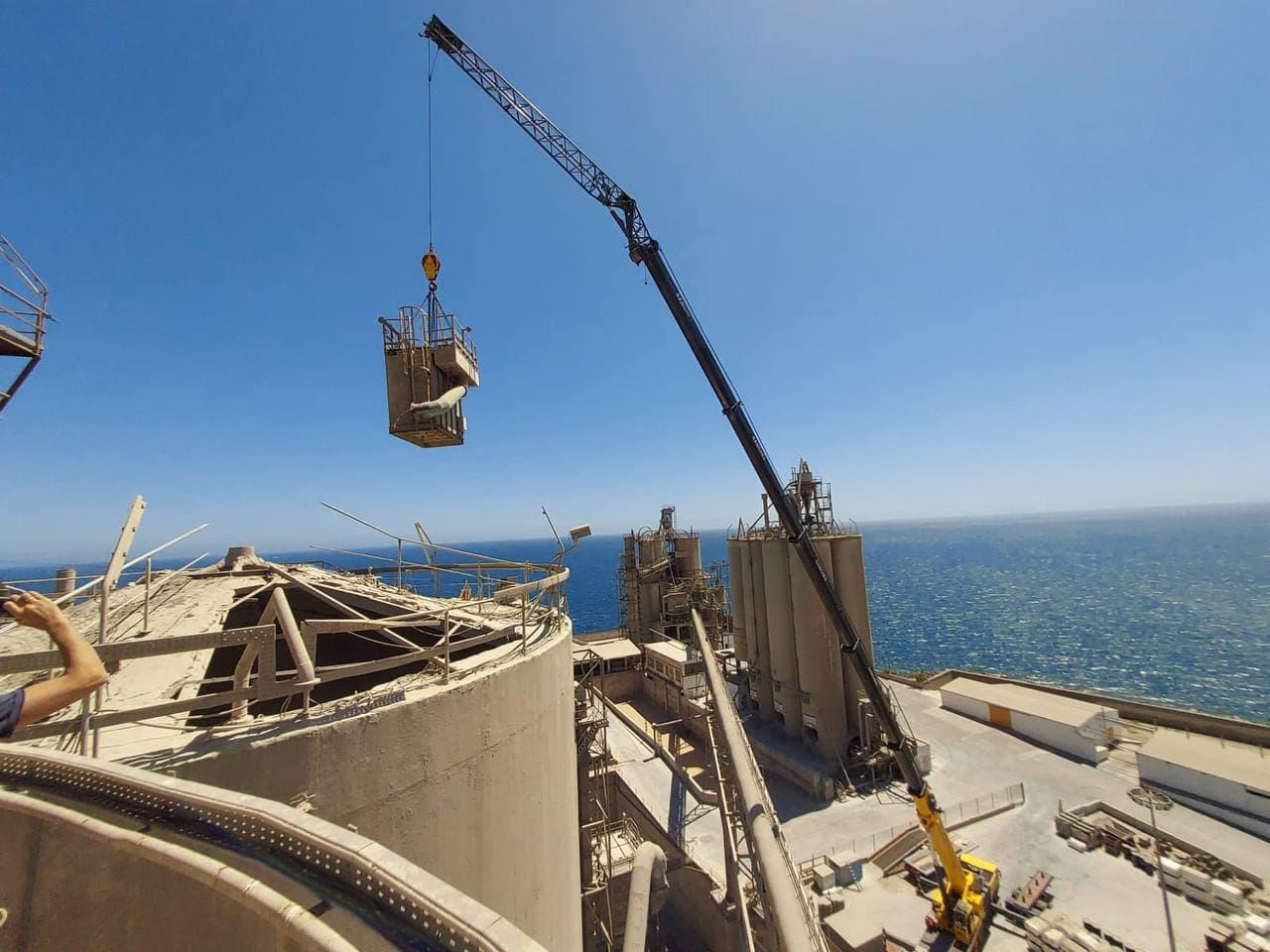 Sustitución de componentes metálicos en fábrica de cemento de Arguineguín